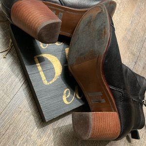 Toms Shoes - Toms boots size 6.5